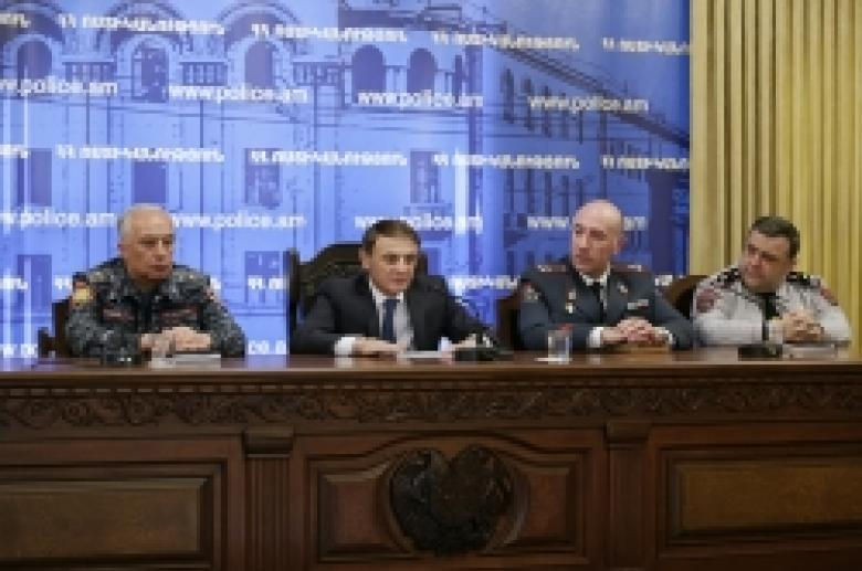 The Chief of Police introduces his newly appointed deputies (VIDEO and PHOTOS)
