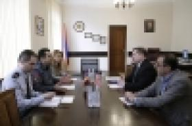 Head of the Security service of the U.S. Embassy in Armenia visits the Armenian Police (VIDEO)